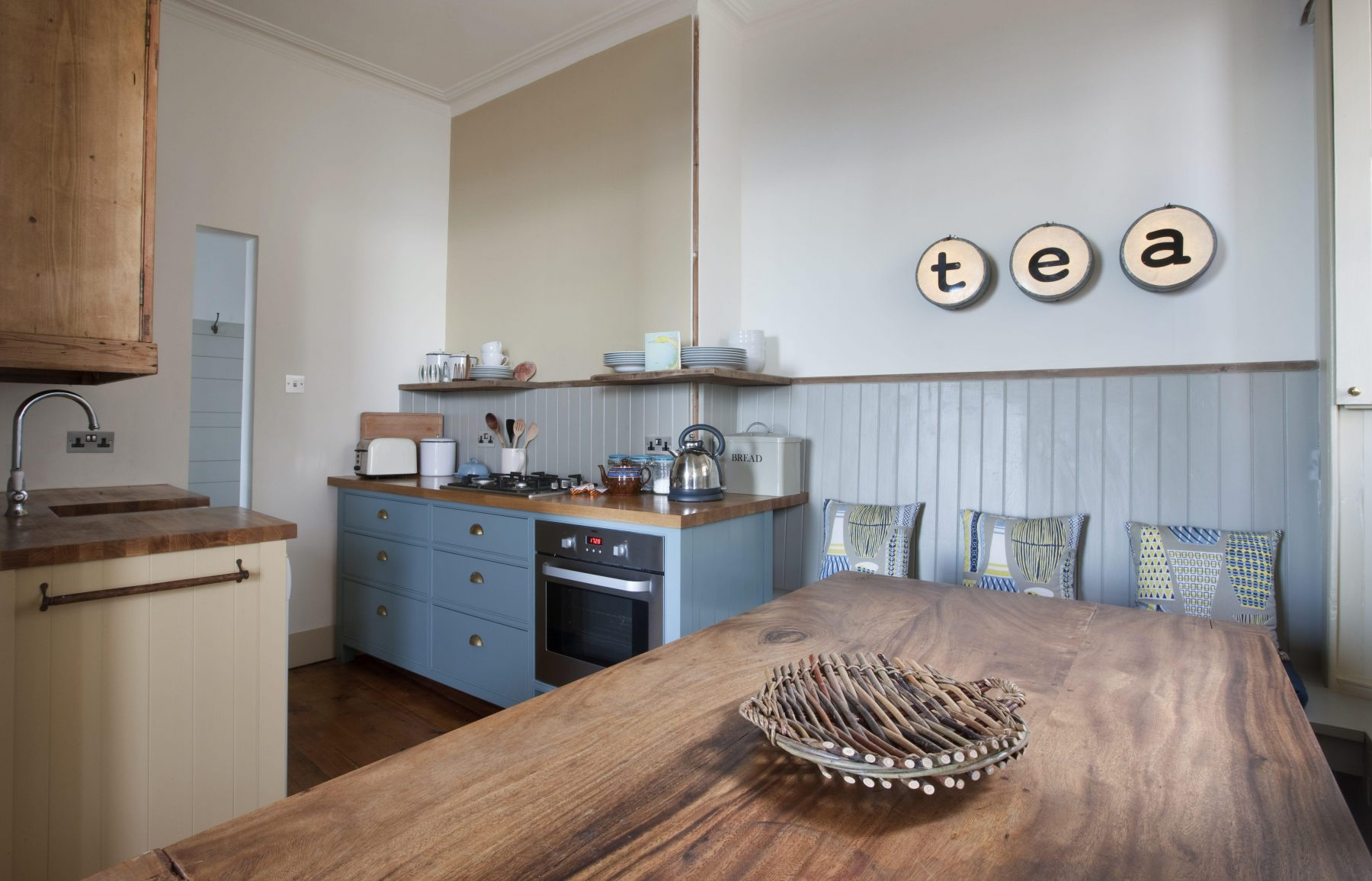 Kitchen in 2 bedroom holiday home in North Berwick