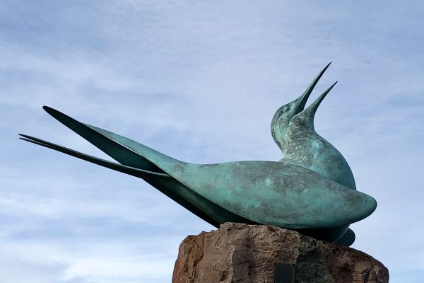Bird sculpture North Berwick, Scotland